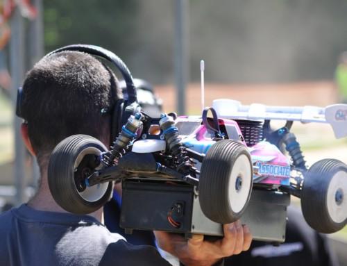Ferngesteuertes Auto mit Kamera