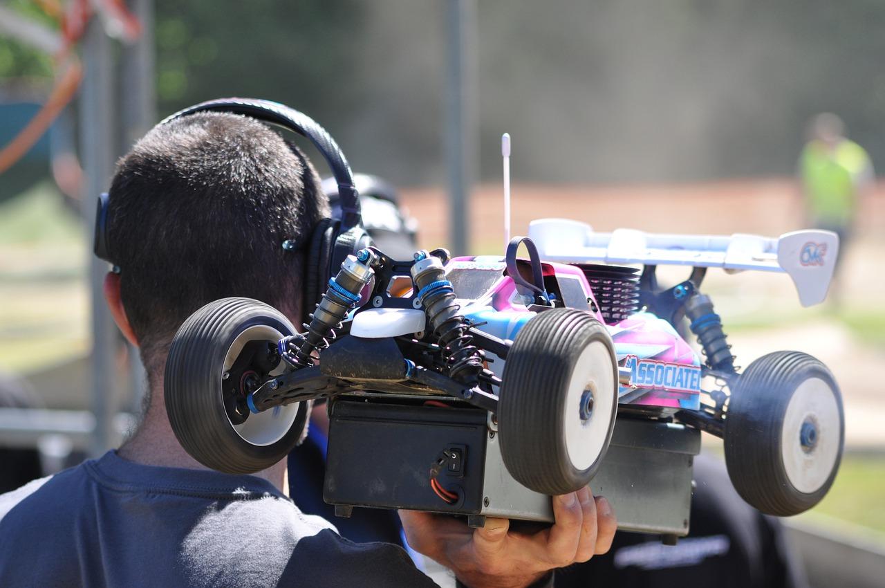 Ferngesteuertes Auo mit Kamera
